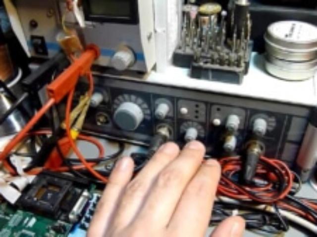 elektronikrepareres udmaales med det rigtige udstyr